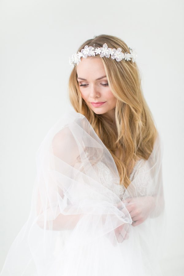 Edera bridal halo